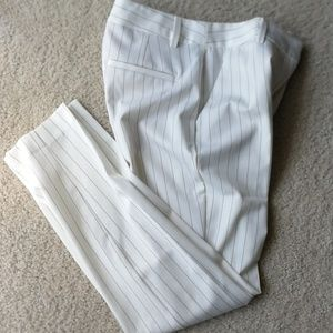Express culumnist ankle mid rise white pants 0R
